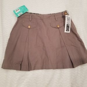 NEW DKNY Jeans Womens sz 10 Fatigue Pleated Skirt